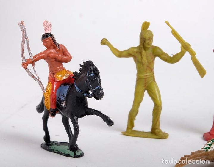 Figuras de Goma y PVC: Lote de 7 figuras de indios de diferentes marcas y años. Comansi, Pech, Lafredo, Reamsa... - Foto 3 - 194436715