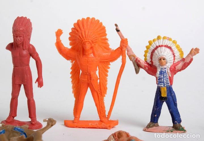 Figuras de Goma y PVC: Lote de 7 figuras de indios de diferentes marcas y años. Comansi, Pech, Lafredo, Reamsa... - Foto 4 - 194436715