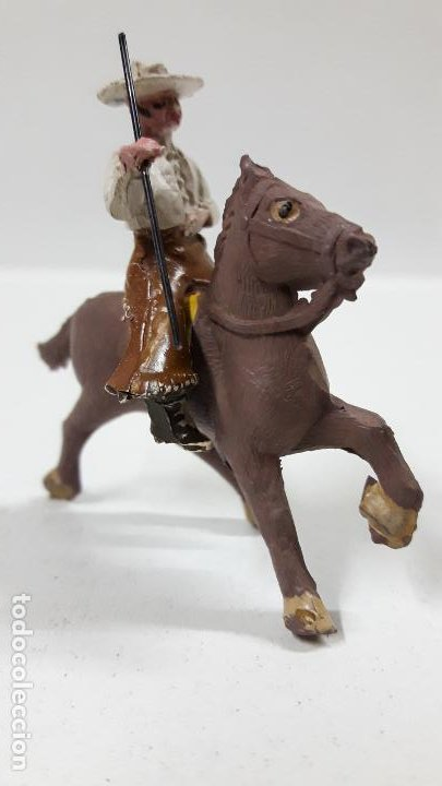 Figuras de Goma y PVC: REJONEADOR A CABALLO . REALIZADO POR PECH . SERIE PEQUEÑA - MUNDO TAURINO . AÑOS 50 EN GOMA - Foto 2 - 194460491