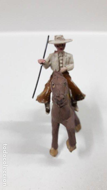 Figuras de Goma y PVC: REJONEADOR A CABALLO . REALIZADO POR PECH . SERIE PEQUEÑA - MUNDO TAURINO . AÑOS 50 EN GOMA - Foto 3 - 194460491