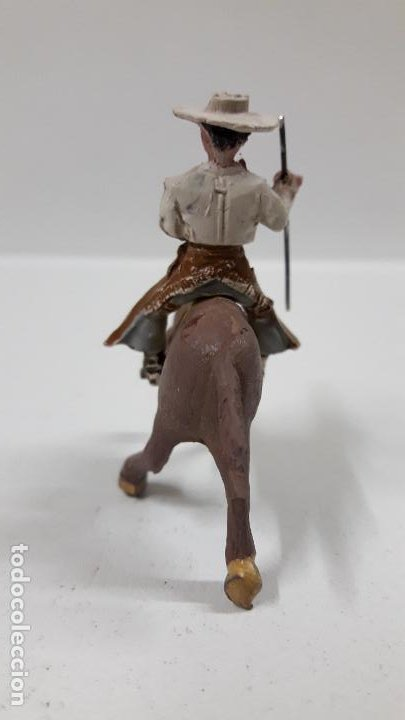 Figuras de Goma y PVC: REJONEADOR A CABALLO . REALIZADO POR PECH . SERIE PEQUEÑA - MUNDO TAURINO . AÑOS 50 EN GOMA - Foto 4 - 194460491