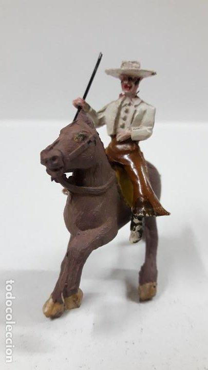 Figuras de Goma y PVC: REJONEADOR A CABALLO . REALIZADO POR PECH . SERIE PEQUEÑA - MUNDO TAURINO . AÑOS 50 EN GOMA - Foto 9 - 194460491