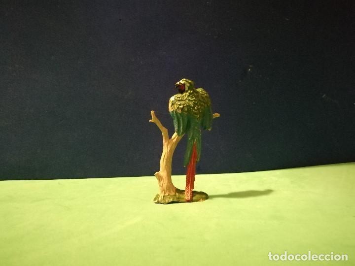 Figuras de Goma y PVC: LORO SOBRE RAMA - Foto 2 - 194491880