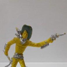 Figuras de Goma y PVC: VAQUERO - COWBOY CON LATIGO Y PISTOLA . ORIGINAL AÑOS 60 . ALTURA 9 CM. Lote 194508945
