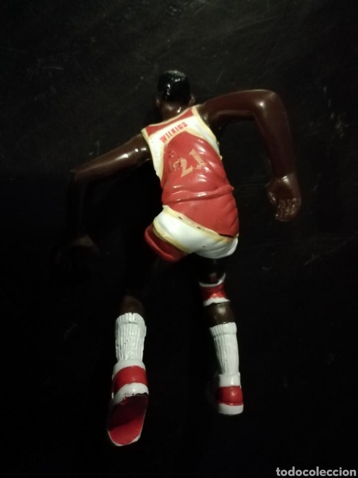 Figuras de Goma y PVC: Figura de pvc de Dominique Wilkins baloncesto nba Atlanta hawks - Foto 2 - 194536951