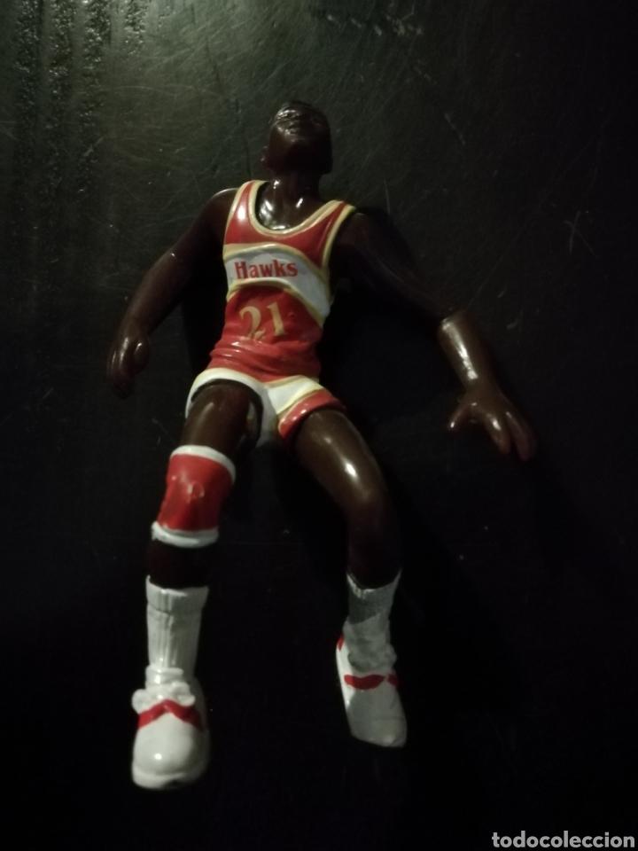 FIGURA DE PVC DE DOMINIQUE WILKINS BALONCESTO NBA ATLANTA HAWKS (Juguetes - Figuras de Goma y Pvc - Otras)