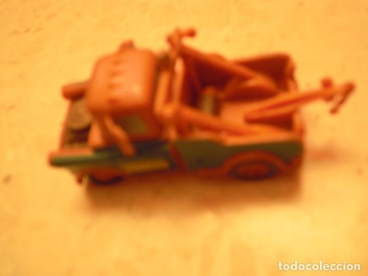 Figuras de Goma y PVC: LOTE CARS DISNEY PIXAR MACK CAMION RAYO MCQUEEN, MC MISSILE SPY,COCHES GRUA MATTE... - Foto 32 - 194579685