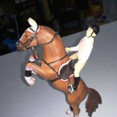 Figuras de Goma y PVC: MADE IN GERMANY AMAZONA A CABALLO FIGURA DE PVC SCHLEICH ENRLAG. Lote 194604578