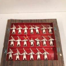 Figuras de Goma y PVC: ANTIGUA CAJA REAMSA - EJÉRCITOS DE ESPAÑA - FIGURAS DE PLÁSTICO FLEXIBLES DECORADAS A MANO. Lote 194639052