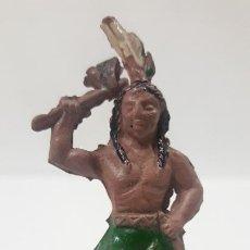 Figuras de Goma y PVC: GUERRERO INDIO . POSIBLEMENTE REALIZADO POR CAPELL O FABRICANTE DE LA EPOCA . AÑOS 50 EN GOMA. Lote 194649668