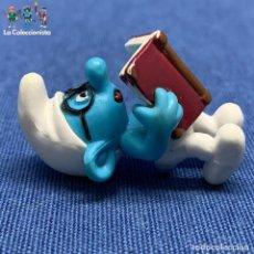 Figuras de Goma y PVC: FIGURA MINI PITUFO LECTOR - AÑO 2010. Lote 194710888