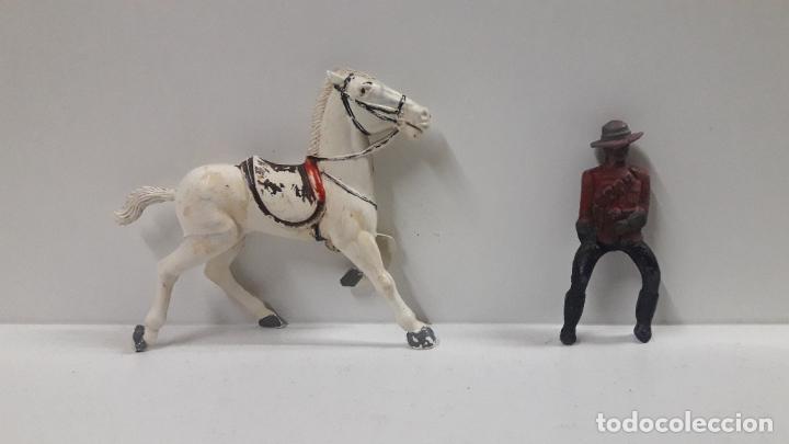 Figuras de Goma y PVC: POLICIA MONTADA DEL CANADA A CABALLO . REALIZADO POR REAMSA . AÑOS 50 EN GOMA - Foto 7 - 194718542