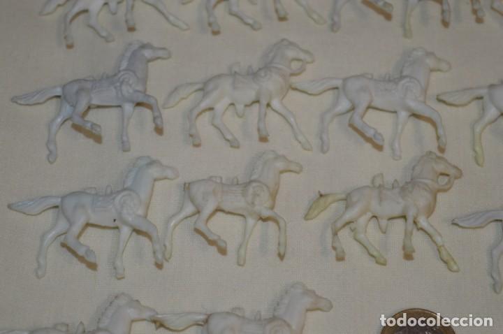 Figuras de Goma y PVC: Lote OESTE - Montón CABALLOS variados, Plástico/PVC - COMANSI, OLIVER, PUIG, PECH, JECSAN ... - Foto 5 - 194725448