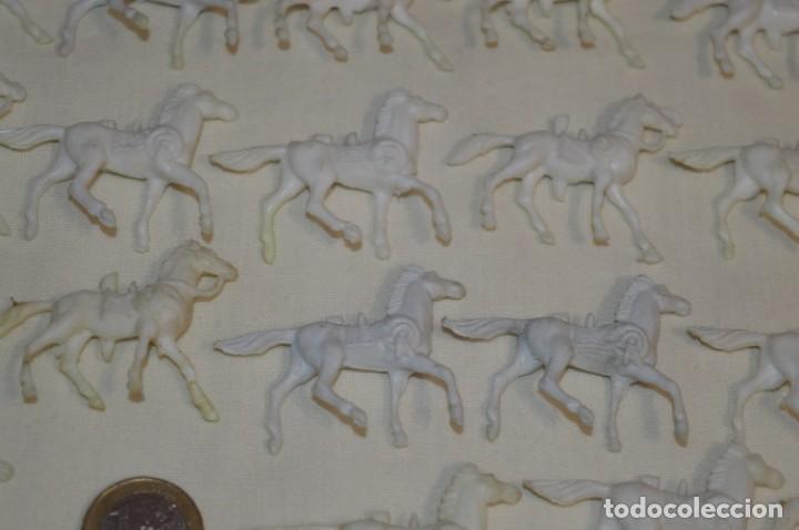 Figuras de Goma y PVC: Lote OESTE - Montón CABALLOS variados, Plástico/PVC - COMANSI, OLIVER, PUIG, PECH, JECSAN ... - Foto 6 - 194725448