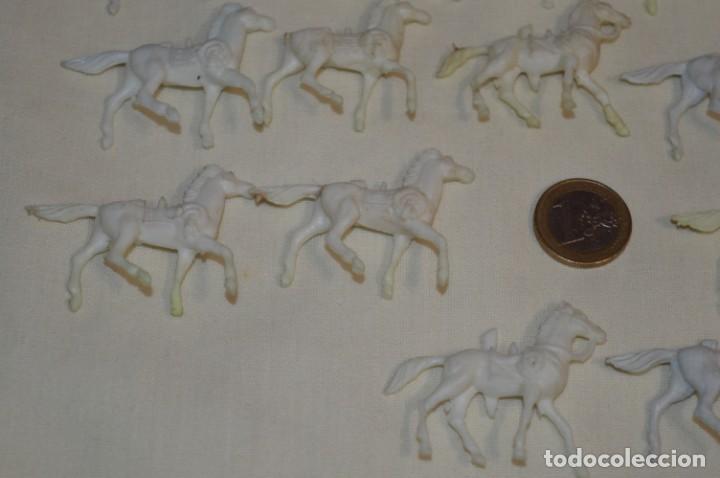 Figuras de Goma y PVC: Lote OESTE - Montón CABALLOS variados, Plástico/PVC - COMANSI, OLIVER, PUIG, PECH, JECSAN ... - Foto 8 - 194725448