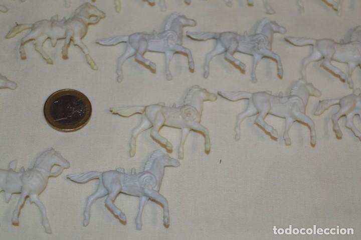Figuras de Goma y PVC: Lote OESTE - Montón CABALLOS variados, Plástico/PVC - COMANSI, OLIVER, PUIG, PECH, JECSAN ... - Foto 9 - 194725448