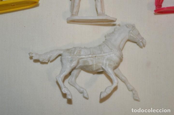 Figuras de Goma y PVC: Lote de COMANSI - Figuras variadas / SOLDADOS e INDIOS - ¡Mirar fotos y detalles! - Foto 7 - 194775692