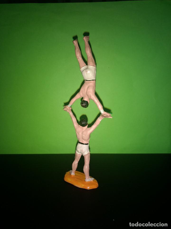 Figuras de Goma y PVC: FIGURA EN GOMA 2 MALABARISTAS CIRCO DIR DOR JECSAN AÑOS 60 MUY BUEN ESTADO - Foto 2 - 194892546