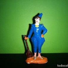 Figuras de Goma y PVC: FIGURA EN GOMA PAYASO CON MANDOLINA CIRCO DIR DOR JECSAN AÑOS 60 MUY BUEN ESTADO. Lote 194892903