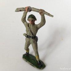 Figuras de Goma y PVC: FIGURA SOLDADO RUSO PECH HNOS. Lote 194892982