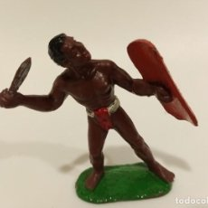 Figuras de Borracha e PVC: FIGURA RARO GUERRERO AFRICANO SOTORRES. Lote 194896126