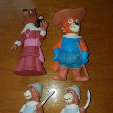 Figuras de Goma y PVC: LOTE FIGURAS PVC GOMA MOSQUEPERROS D'ARTACAN STARTOYS BRB 89 MUÑECOS COLECCIÓN DIBUJOS ANIMADOS. Lote 194982566