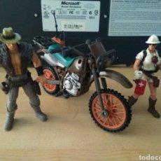 Figuras de Goma y PVC: JUGUETES EXPLORADORES CON MOTO. Lote 195008943