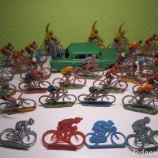 Figuras de Borracha e PVC: GRAN LOTE DE CICLISTAS SOTORRES. Lote 195043096