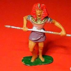 Figuras de Goma y PVC: GUERRERO EGIPCIO, SERIE EGIPCIOS, PLÁSTICO, JECSAN MADE IN SPAIN, ORIGINAL AÑOS 60.. Lote 195056626