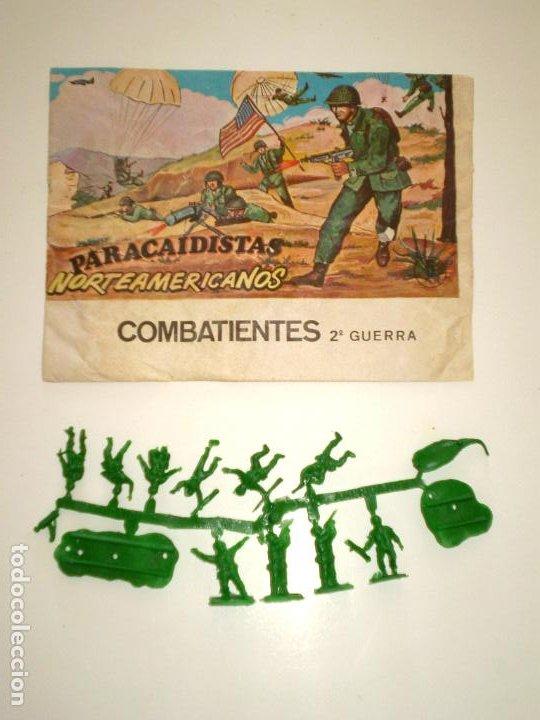 MONTAPLEX SOBRE PARACAIDISTAS VACÍO + 1 COLADA DE SOLDADOS PARACAIDISTAS AMERICANOS (Juguetes - Figuras de Goma y Pvc - Montaplex)