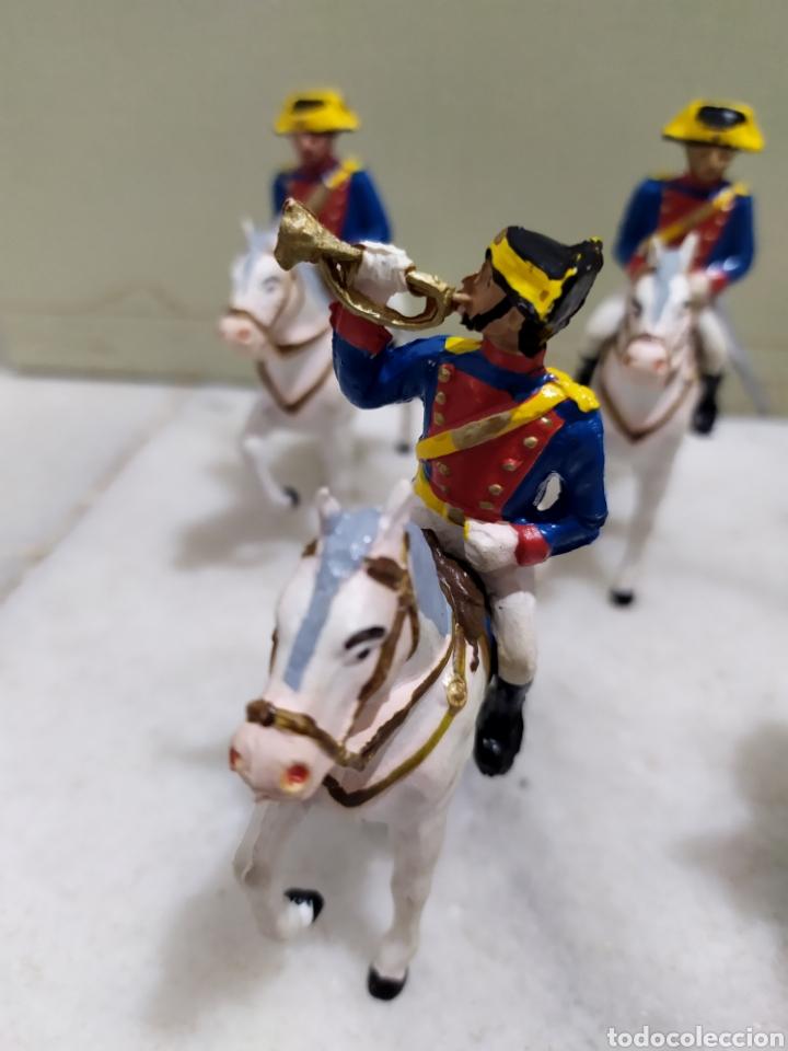 Figuras de Goma y PVC: lote 5 guardia civiles de gala con sus caballos reamsa y gomarsa - Foto 2 - 195124127