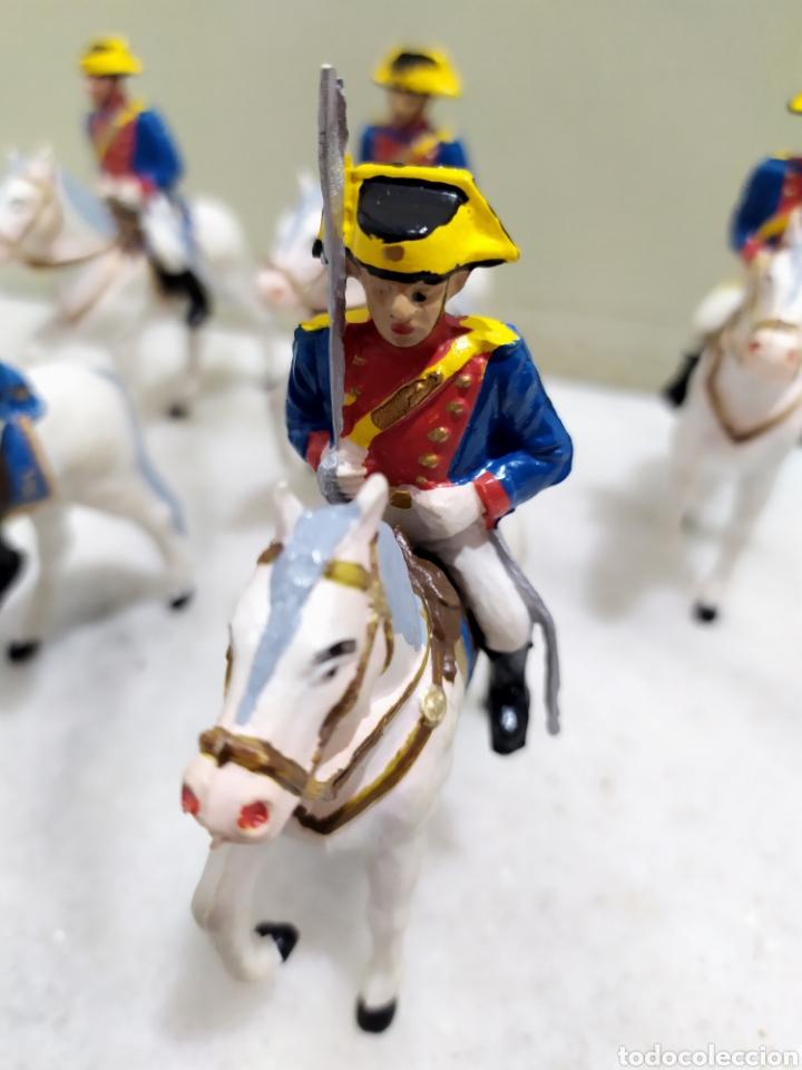 Figuras de Goma y PVC: lote 5 guardia civiles de gala con sus caballos reamsa y gomarsa - Foto 3 - 195124127