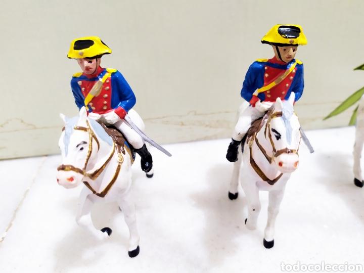 Figuras de Goma y PVC: lote 5 guardia civiles de gala con sus caballos reamsa y gomarsa - Foto 5 - 195124127