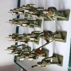 Figuras de Goma y PVC: 18 SOLDADOS ARTILLERÍA REAMSA. Lote 195211971
