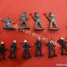 Figuras de Goma y PVC: LOTE DE BOMBEROS Y OTROS AGENTES DEL ORDEN. MIDEN APROX. 5 CTM. Lote 195259617