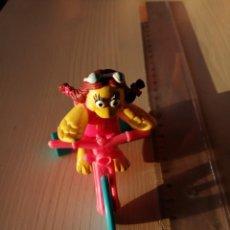 Figuras de Goma y PVC: MC DONALDS BIRDIE SERIE DIVERSIÓN EN BICICLETA VINTAGE HAPPY MEAL CAJITA FELIZ AÑO 1991. Lote 195259963