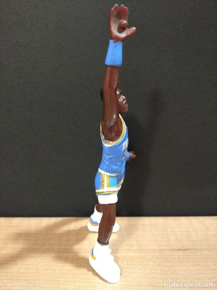 Figuras de Goma y PVC: FIGURA JUGADOR NBA EWING DE LOS NEW YORK-15cm aprox.-YOLANDA-1997-VER FOTOS-B1-V1 - Foto 2 - 195335286