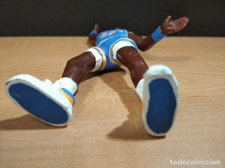 Figuras de Goma y PVC: FIGURA JUGADOR NBA EWING DE LOS NEW YORK-15cm aprox.-YOLANDA-1997-VER FOTOS-B1-V1 - Foto 6 - 195335286
