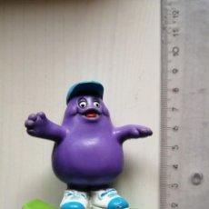 Figuras de Goma y PVC: MC DONALDS GRIMACE EN SKATE SERIE MC RALLY VINTAGE HAPPY MEAL CAJITA FELIZ AÑO 1988. Lote 195496721