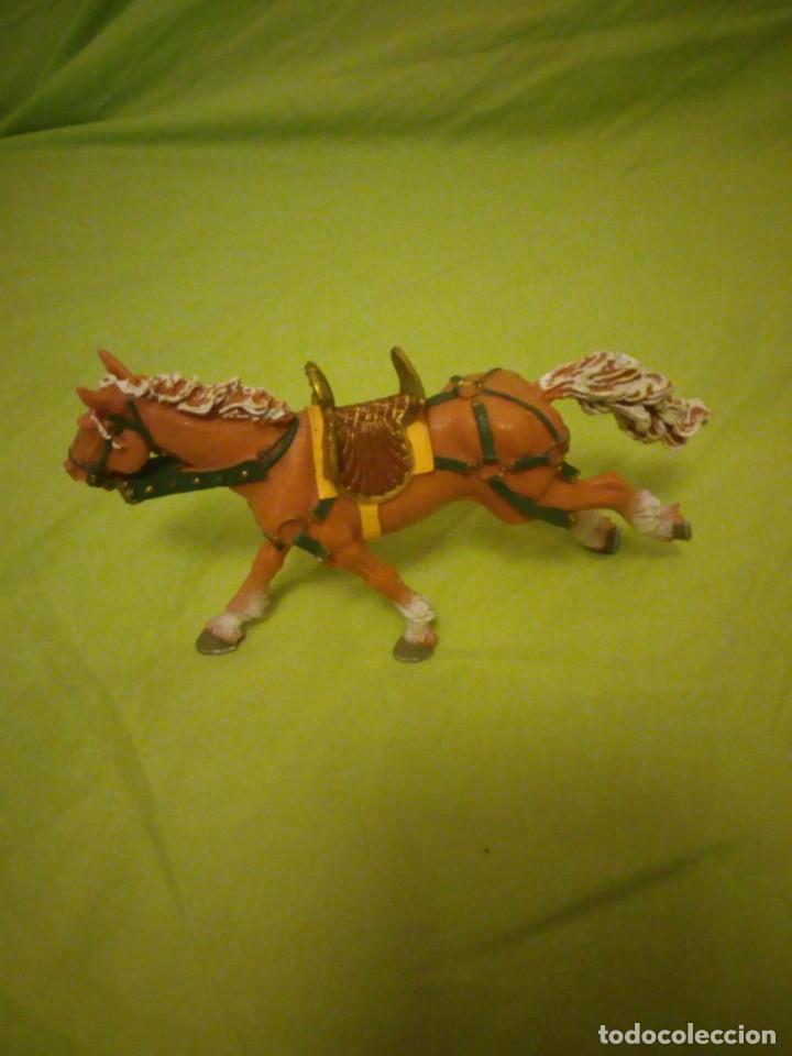 Figuras de Goma y PVC: Bonito caballo ensillado a galope de pvc plastoy chima - Foto 2 - 195847632