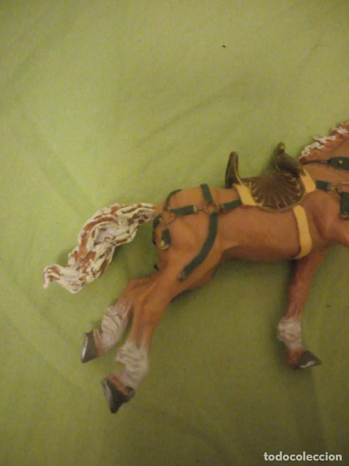 Figuras de Goma y PVC: Bonito caballo ensillado a galope de pvc plastoy chima - Foto 5 - 195847632