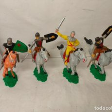 Figuras de Goma y PVC: CABALLEROS MEDIEVALES A CABALLO DE COMANSI, SERIE TORNEO O FORTALEZA. 19 CMS. AÑOS 60. Lote 195879273