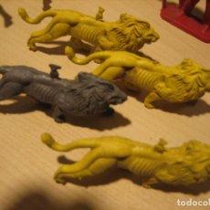 Figuras de Goma y PVC: MONTAPLEX. Lote 214676513