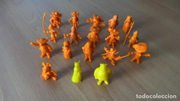 Figuras de Goma y PVC: 18 Figuras COLECCION COMPLETA DARTACAN y LOS MOSQUEPERROS DUNKIN PHOSKITOS AÑOS 80 - Foto 2 - 57593250