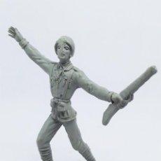 Figuras de Goma y PVC: FIGURA SOLDADO ITALIANO 1048 DE LA COLECCIÓN SOLDADOS DEL MUNDO DE COMANSI. Lote 196146451