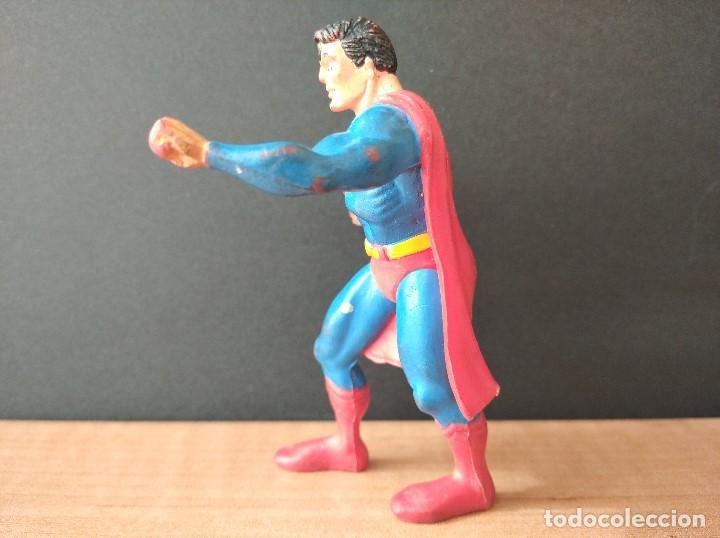 Figuras de Goma y PVC: FIGURA DC SUPERMAN-9cm aprox.-COMICS SPAIN-1988-VER FOTOS-B1-V1 - Foto 3 - 196209677