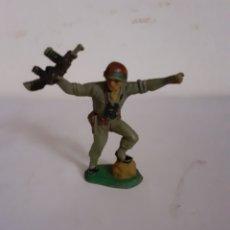 Figuras de Goma y PVC: SOLDADO AMERICANO PECH EN GOMA. Lote 196454745