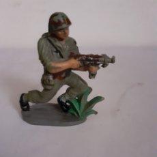 Figuras de Goma y PVC: SOLDADO AMERICANO PECH EN GOMA. Lote 196454967