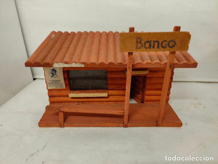 Figuras de Goma y PVC: Casas de madera fabricadas para Teixido por Juguetes Gracia. Herrería,Banco,Almacen y Carcel.Sin uso - Foto 4 - 196773930