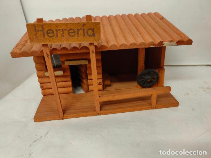 Figuras de Goma y PVC: Casas de madera fabricadas para Teixido por Juguetes Gracia. Herrería,Banco,Almacen y Carcel.Sin uso - Foto 6 - 196773930